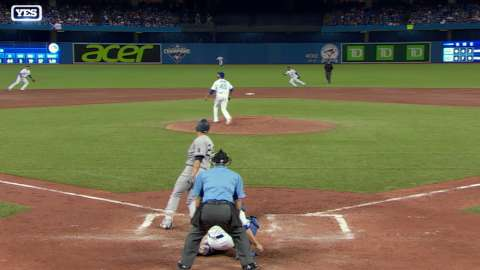 Video: Sanchez's single in the sixth