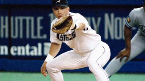 Video: Bagwell elected to Hall of Fame