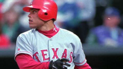 Video: Pudge elected to Hall of Fame