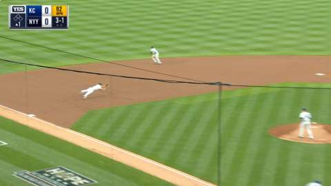 Video: Headley's diving defensive play