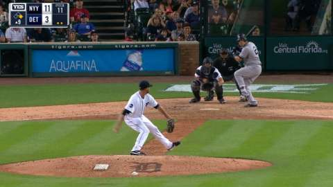 Video: Sanchez goes yard again
