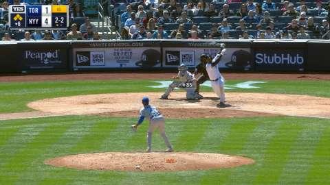 Video: Andujar's three-run double