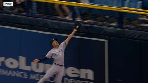 Video: Stanton makes incredible catch
