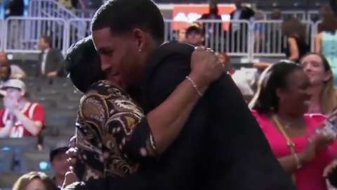 Video: Crabbe on draft night in 2013