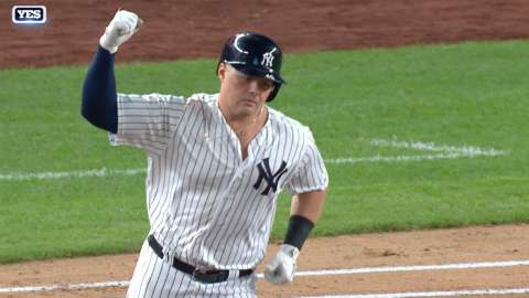 Video: Voit clubs historic Yankees HR