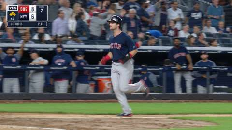 Video: Hicks' error puts Sox up 8-6